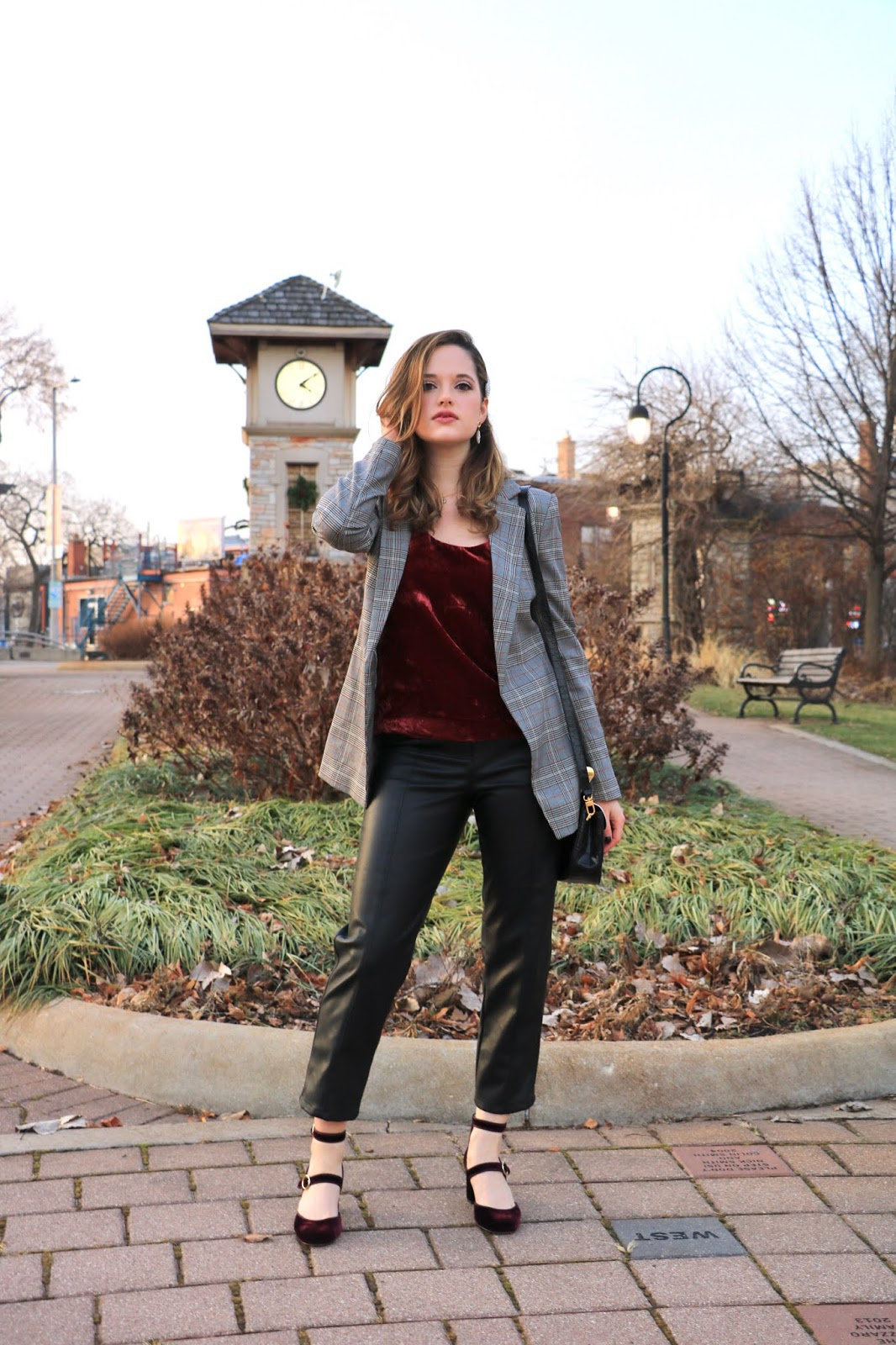 Nyc fashion blogger Kathleen Harper's Valentine's Day outfit idea.