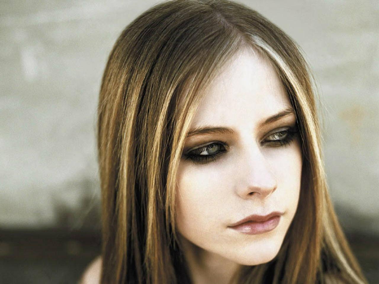 Entertainment: Avril Lavigne