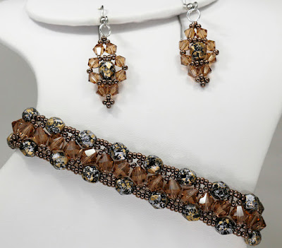 Triangle Weave Band and Jeweled Earrings