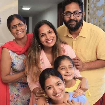 Anantya Anand with her full family