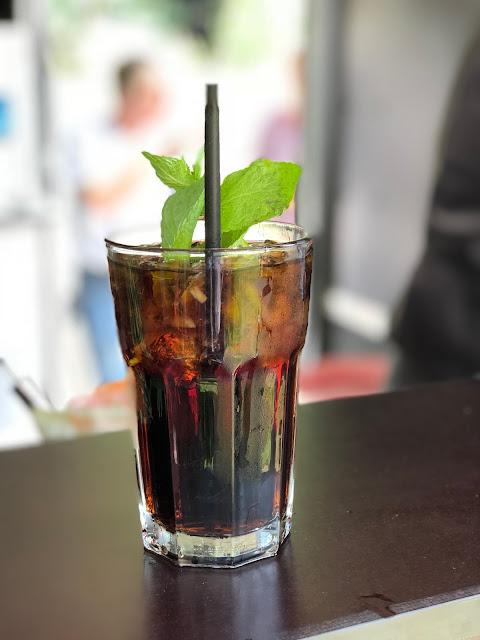 Cuba Libre, Horsebox-Bar, Bayern, pop-up Bar, mobile Bar, Deutschland, Gin-Bar, Bar im Pferdehänger, Garmisch-Partenkirchen, Hochzeit, Events, Geburtstag, Feiern, Party-Bar, Bar mieten, Gin Tonic, Garmisch-Partenkirchen, Murnau, München, Bar im Pferdeanhänger
