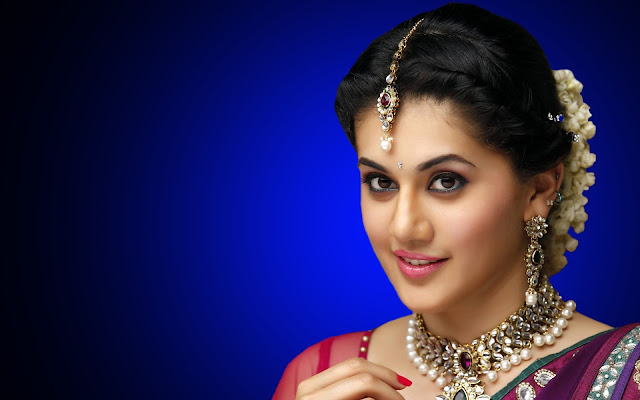 Taapsee Pannu HD Wallpapers