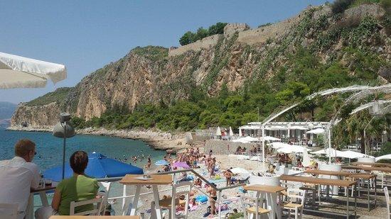 Ναύπλιο: Το Blublanc στην πλαζ Αρβανιτιάς ζητάει προσωπικό για τη θερινή σεζόν
