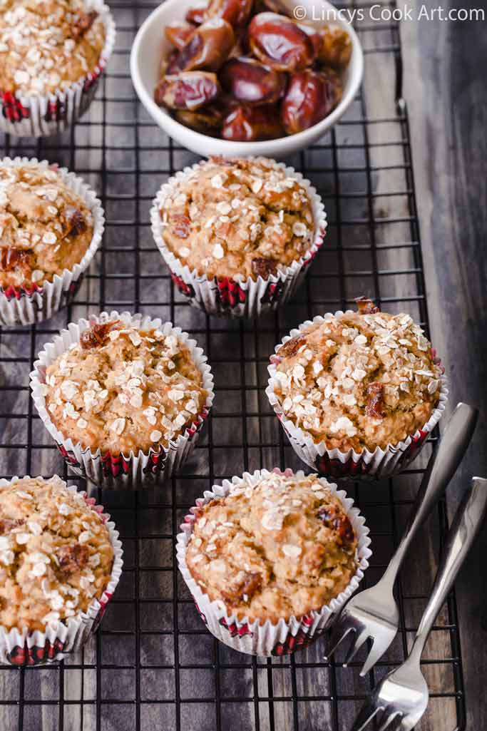 How to make Healthy Banana Dates Oatmeal Muffins