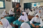 Kpt Inf Agussari Sosialisasi Pelaksanaan Vaksinasi di SMAN I Tebo