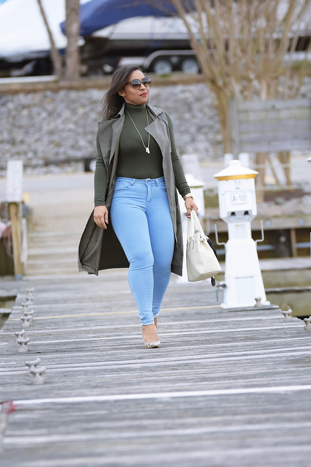 Amiclubwear, green vest, sleevless trench, pier, virginia pier, woodbridge virginia, high waist denim