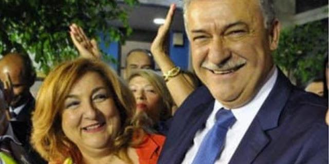 Δύσκολες ώρες για τον Δήμαρχο Κορινθίων Βασίλη Νανόπουλο - Έφυγε από τη ζωή η σύζυγος του Αγγελική
