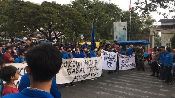 Mahasiswa Muhammadiyah Gelar Unjuk Rasa: Jokowi Ma'ruf Gagal Total, Mundur!