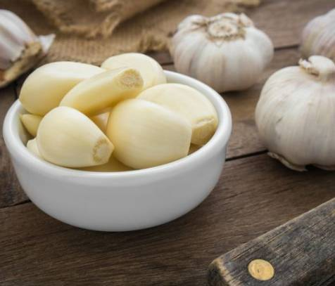 15 Manfaat Makan Bawang Putih Mentah Untuk Kesehatan Tubuh