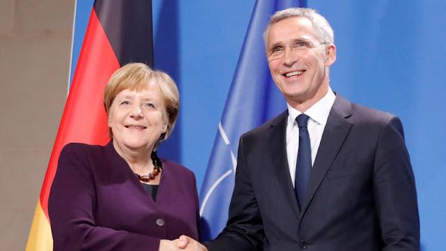 """Merkel y Stoltenberg critican las """"drásticas palabras"""" de Macron sobre """"la muerte cerebral de la OTAN"""""""