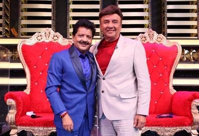 Udit Narayan and Anu Malik on the set of Dance Deewane 3