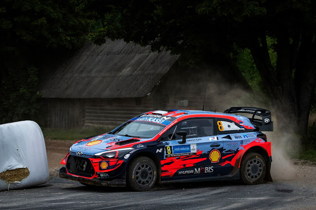 Craig Breen Hyundai i20 WRC car Rally Estonia 2020
