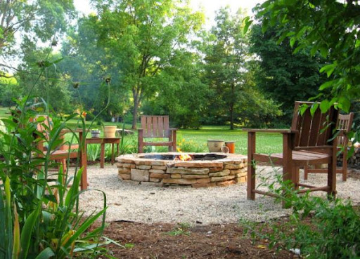 Outdoor patio with firepit; outdoor patio ideas; outdoor patio designs; outdoor patio design ideas; outdoor patio diy; backyard patio; backyard patio designs; backyard patio design ideas; backyard patio firepit; backy; backyard design ideas; diy backyard designs; diy bakyard patio