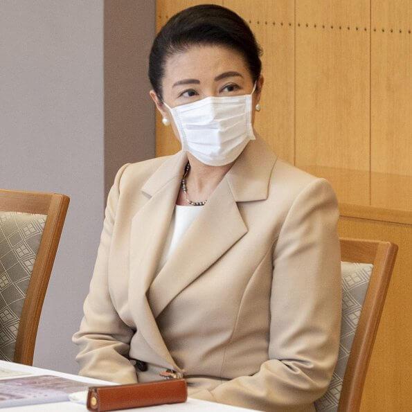 Emperor Naruhito and Empress Masako made virtual visits to the Japanese Red Cross Society Medical Center