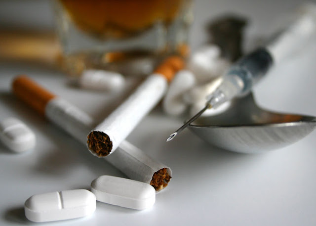 قصص معبرة عن عالم المخدرات