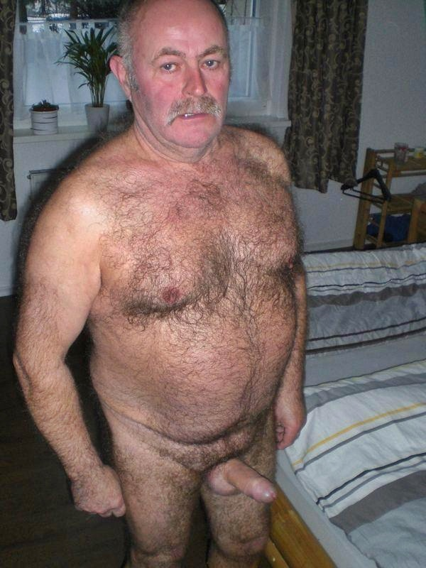 Naked brunette galleries nudes brazilian