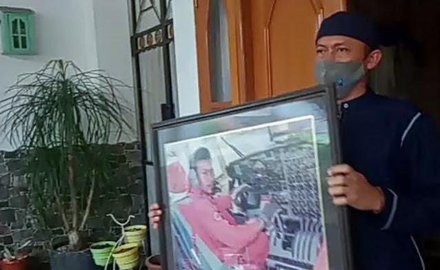 Pilot Sriwijaya SJ 182 Dikenal Religius, Usahanya Merenovasi Masjid dan Menyantuni Anak Yatim Dikenang Warga