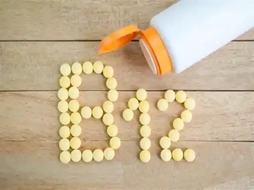 نقص فيتامين B12 ماذا ستحس وكيف ستتعرف على هذا النقص !