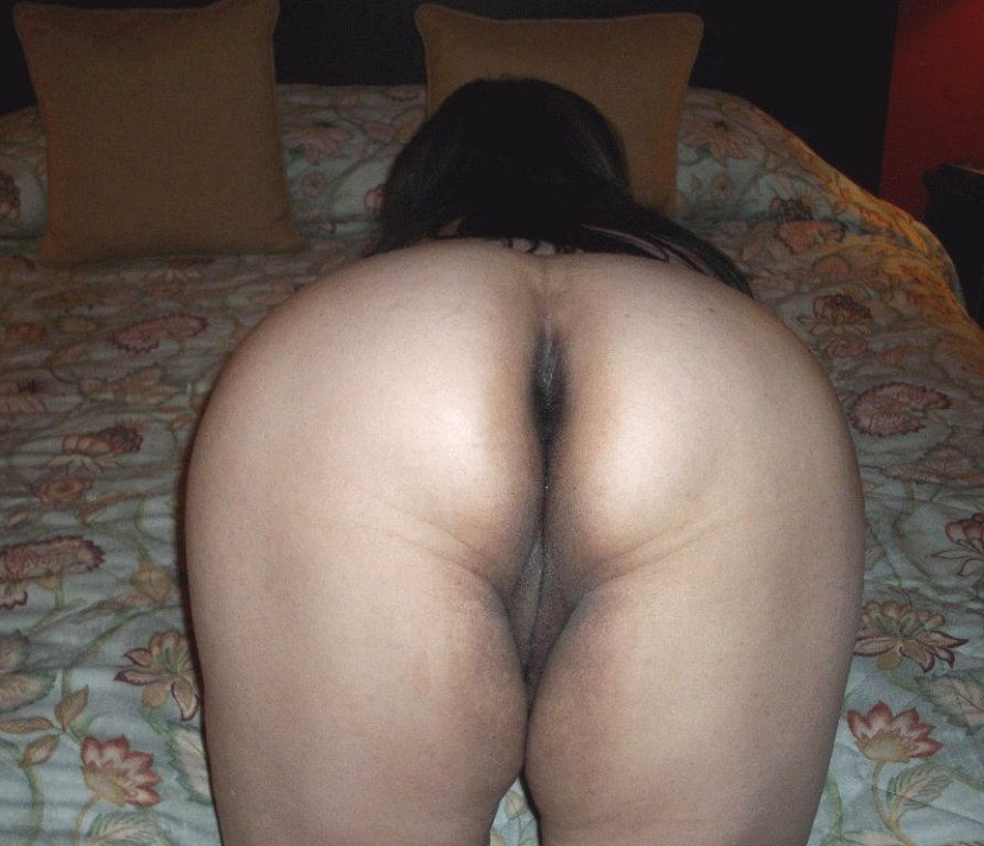 aunty saree ass