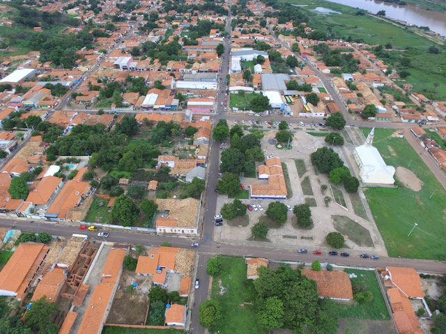 Promotor apura irregularidades no pagamento de professores em Uruçuí