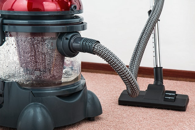 5 Best Vacuums for Cleaning Carpet