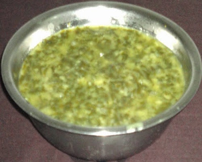 cooked dal and spinach