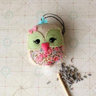 Cara Membuat Boneka Burung Hantu Yang Lucu Dari Kain Flanel