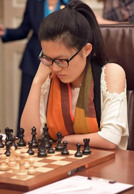 Hou Yifan durante el campeonato del mundo femenino