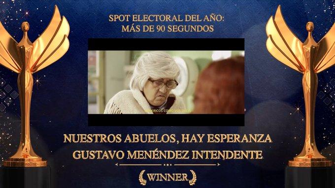 """VICTORIA PARA GUSTAVO MENÉNDEZ: """"Nuestros Abuelos, Hay Esperanza"""" se alzó con la estatuilla al Mejor Spot Electoral en los Napolitans Victory Awards"""""""