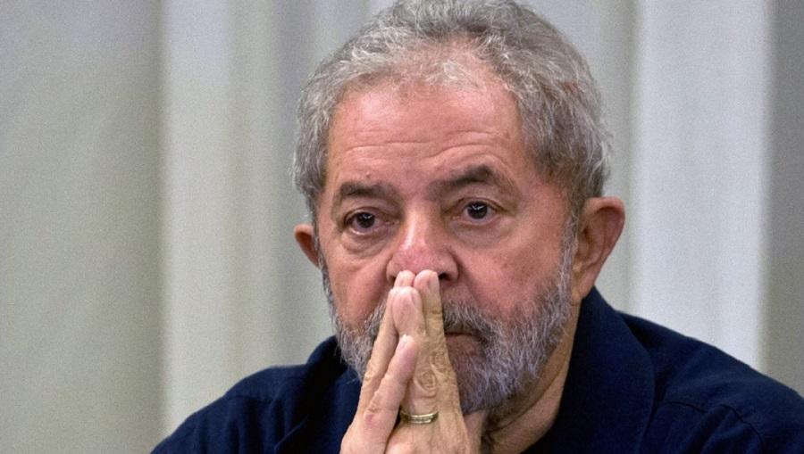 Lula fica calado em depoimento para a Operação Pentiti. Veja vídeo