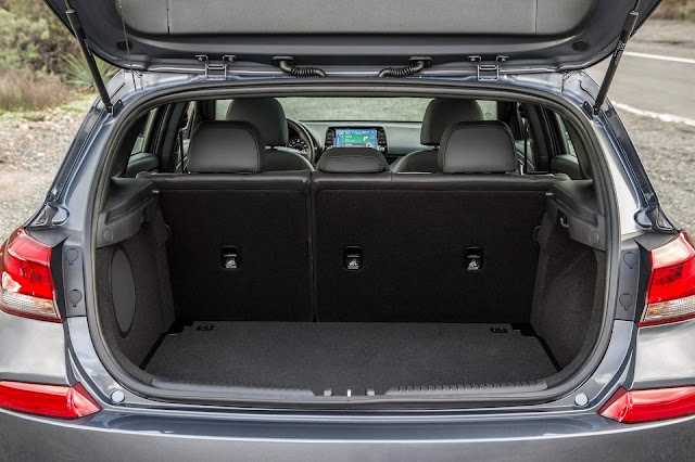 2018 Hyundai Elantra GT Hatch / i30 - porta-malas