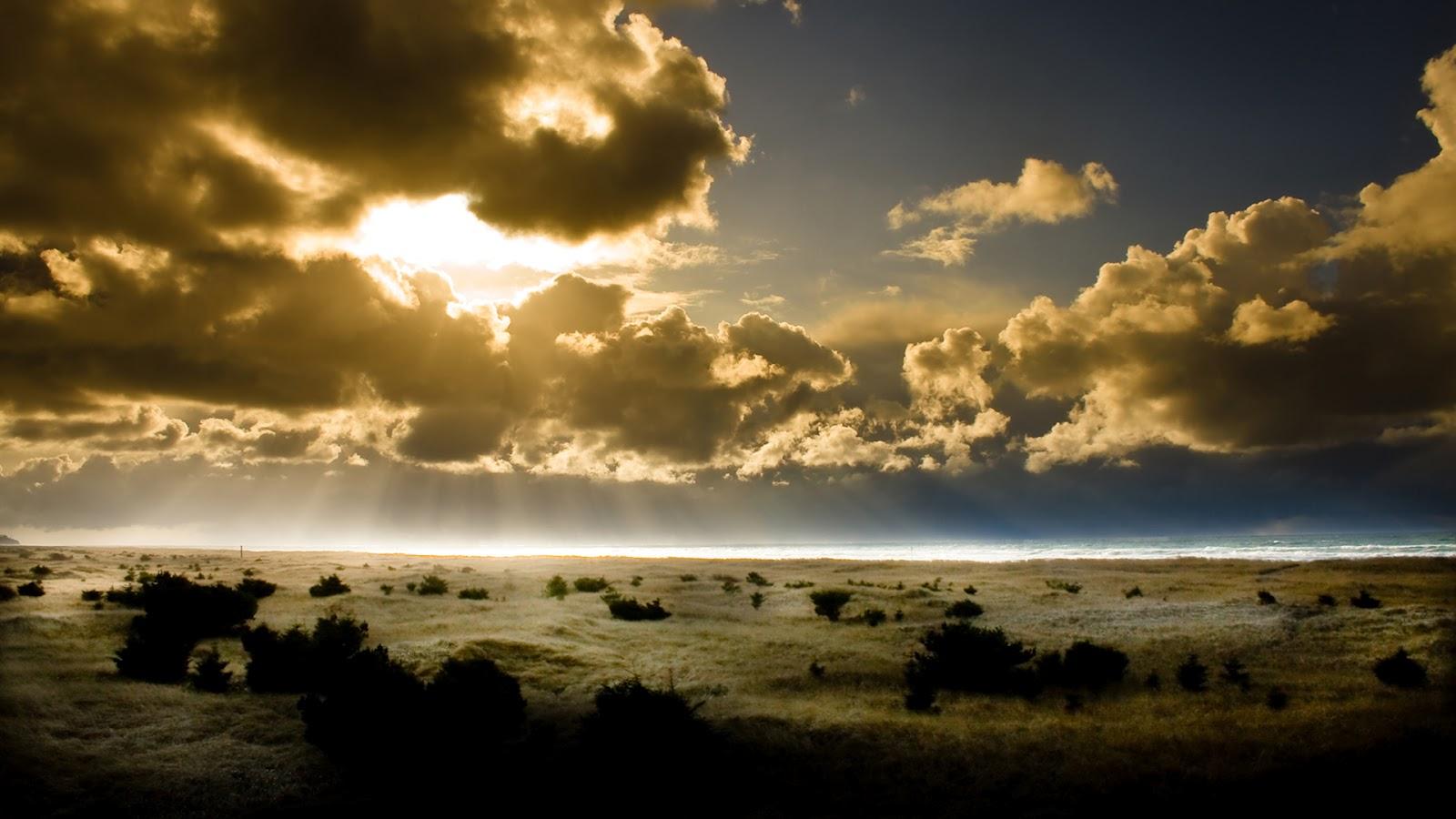 BEAUTIFUL SUN BEHIND THE CLOUDS HD WALLPAPER | Top HD Wallpapers
