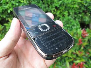 Hape Jadul Nokia 2700 classic Phonebook 1000 Camera 2MP Slot MicroSD