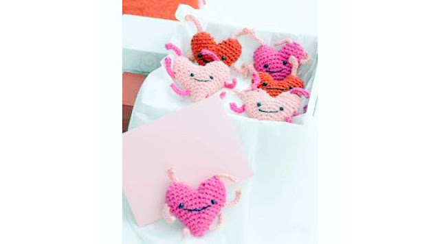 Amigurumi Crochet Heart love bugs