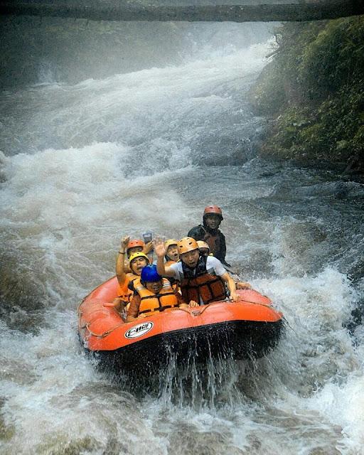 Rafting Kalibaru Sentul