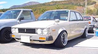 modifikasi mobil sedan lama