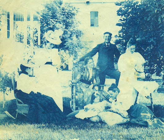Victorian Life – 43 Amazing Cyanotypes That Show Everyday Life Before 1900