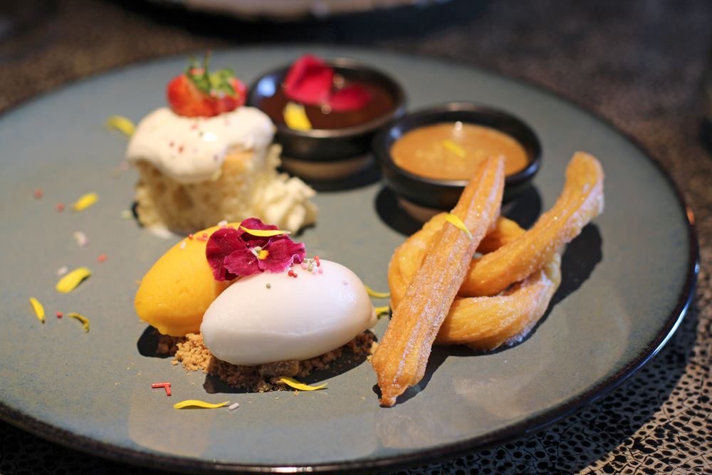 Desserts at Mexican Restaurant Ella Canta at Park Lane Intercontinental, London - UK lifestyle blog