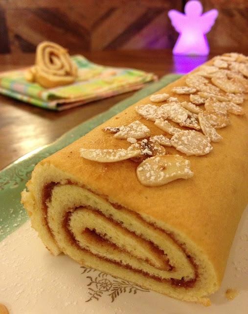 biscuit roulé, sweet kwisine, bûche, Noël, confiture