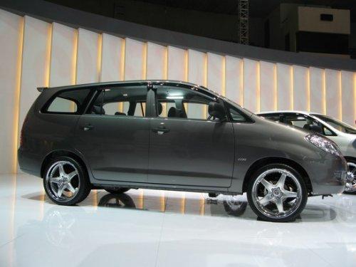 kelebihan dan kekurangan all new kijang innova diesel harga grand avanza 2017 surabaya 2012 mobil