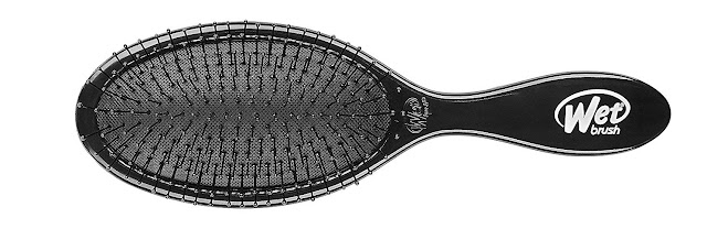 How to clean hair brush bristles