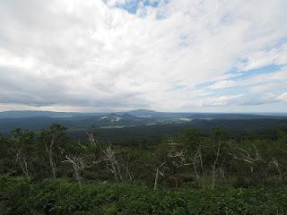 摩周湖第1展望台から見るアトサヌプリ(硫黄山)