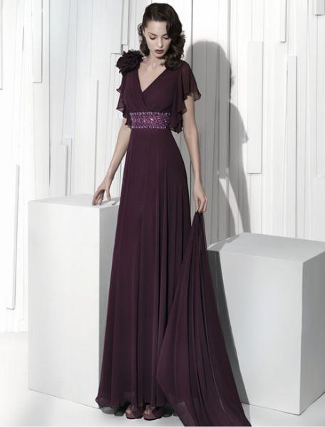 24728391f Moda y más  Vestidos de madrina - Colección Manu Alvarez 2011