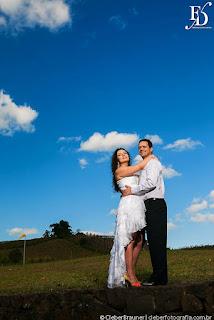 ensaio pré-wedding trash the dress realizado no spa do vinho em bento gonçalves em meio às vinícolas gaúchas com fernanda dutra cerimonialista
