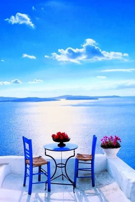 Romantic And Dreamy Patios Of Greece