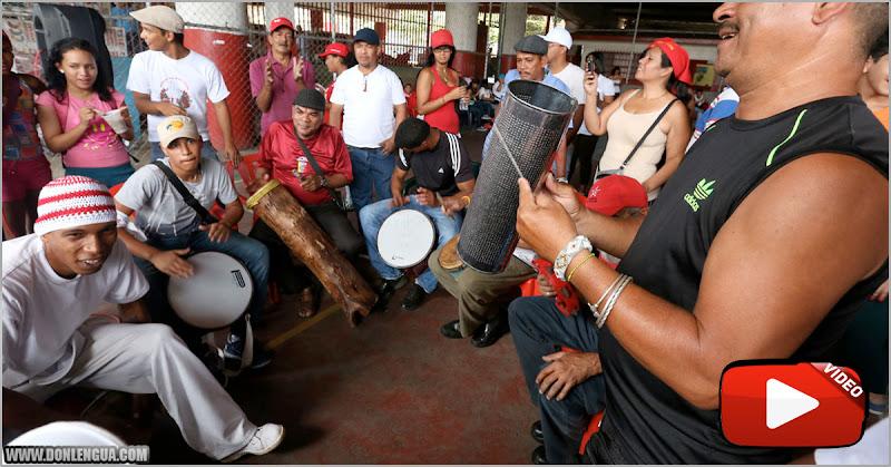 Coronaparty al ritmo de los tambores en Curiepe - A ver cuántos salen infectados