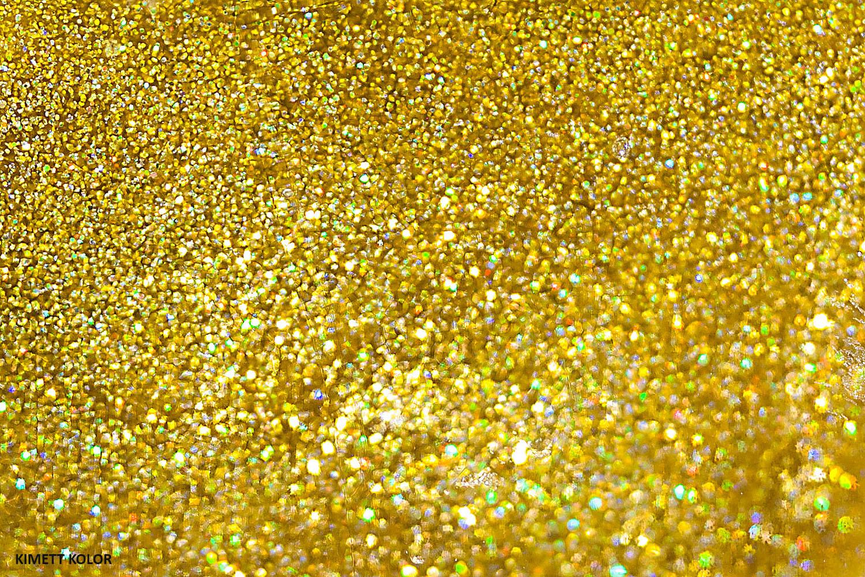 KimettKolor Gold Glitter Nail Polish Macro