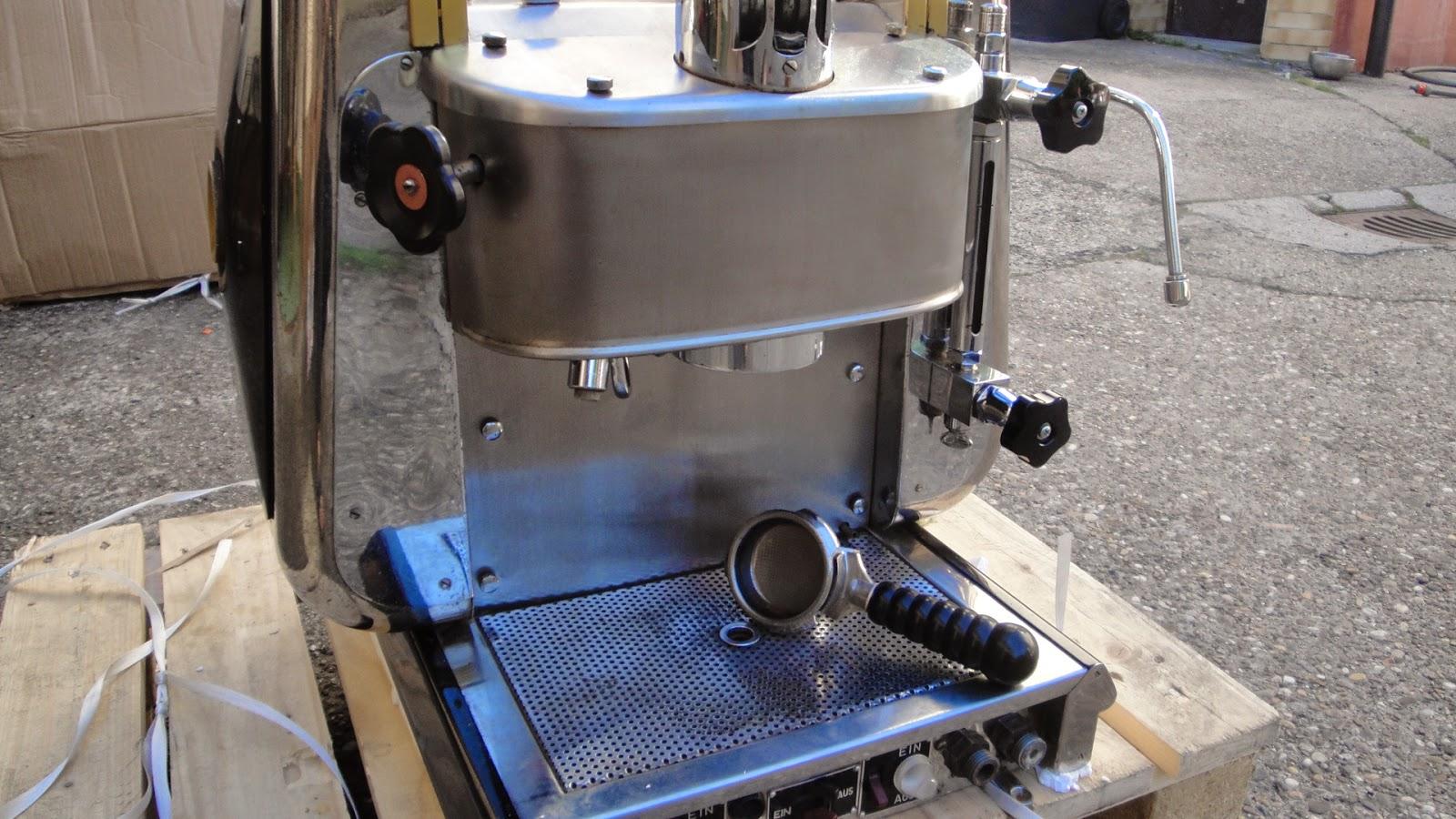 Caffé Maschinen aus allen Zeiten Vintage und Neuzeit: Piccolobar ...