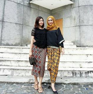 Model Batik Dress Pesta