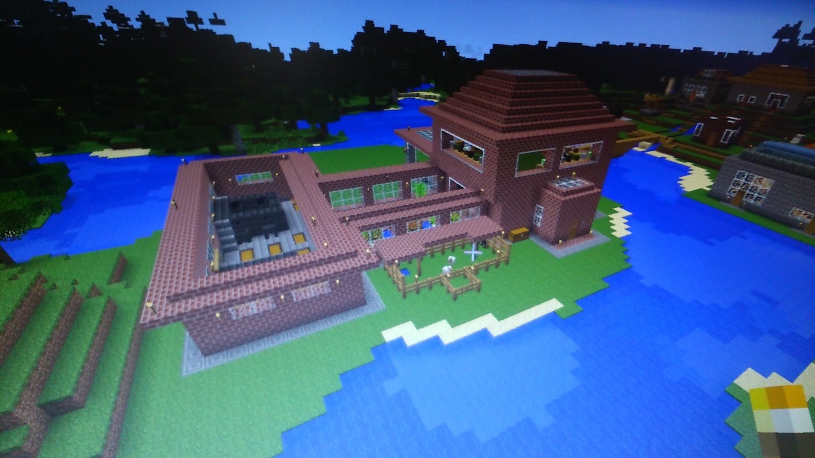 The Casual MMO Gamer: Minecraft - Village with Red Brick